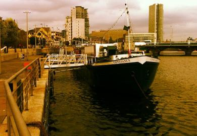 Itinerary - Belfast Tour, Floating Barge Experience & Irish Dancing