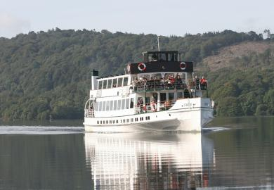 Itinerary - Cruise on Lake Windermere & Blackpool Illuminations