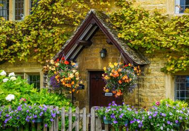 Itinerary - Cream Tea in Bourton on the Water