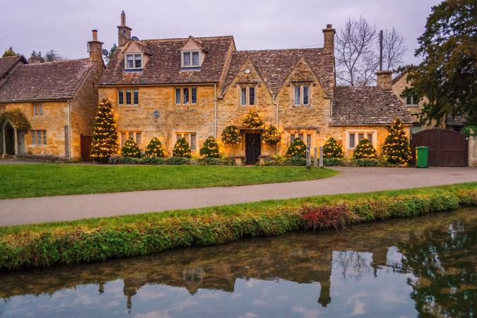 Christmas in the Cotswolds  image - smaller2