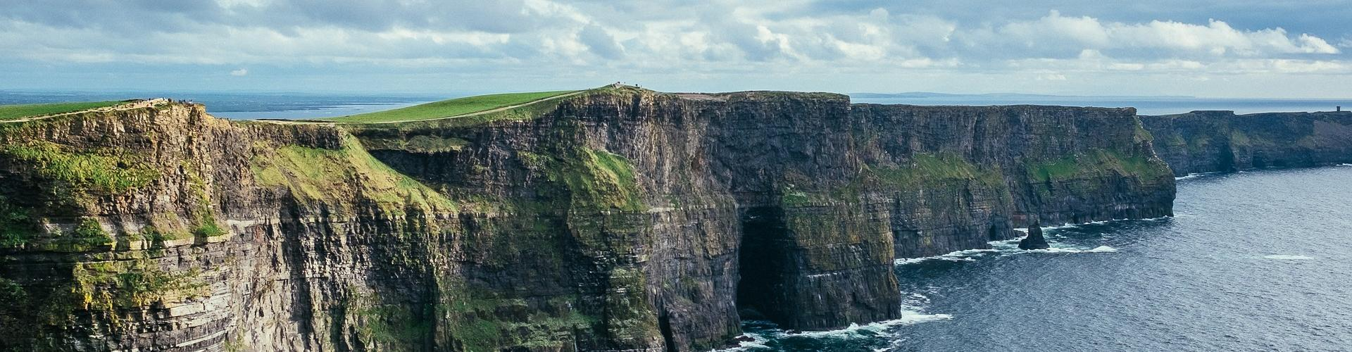 cliff of moher 2371819 1922