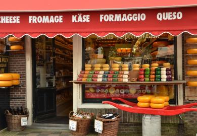 Itinerary - Visit Edam & The Cheese & Clog Making Factory