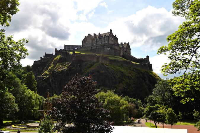 Explore Scotland image - edinburgh castle 959083 1920