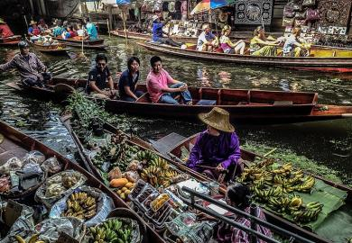 Itinerary - Tour the Floating Markets