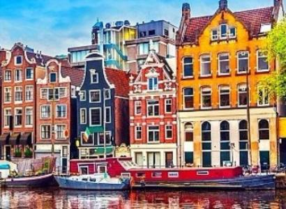5 things to fall in love with on an Accessible Amsterdam Holiday